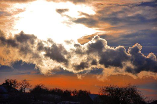 cropped-dawn-716366_1920.jpg